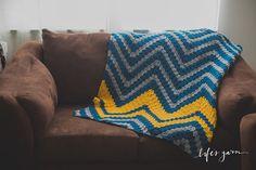 CROCHET PATTERN. Crochet Verticle Chevron Blanket. by lifesyarn
