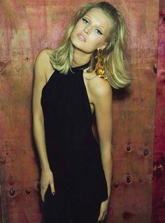 toni garrn model 2014 3 Toni Garrn Glams it Up for Henrique Gendre in S Moda Cover Story