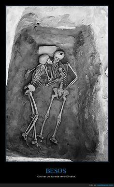 1035900 - Besos de 6000 años