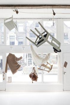flying window
