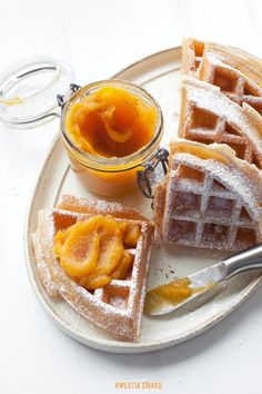 roasted pumpkin & apple puree waffles---I could wake up to this on Thanksgiving! Fall Desserts, Sweet Desserts, Delicious Desserts, Pumpkin Recipes, Fall Recipes, Sweet Recipes, Crepes And Waffles, Roast Pumpkin, Spiced Pumpkin