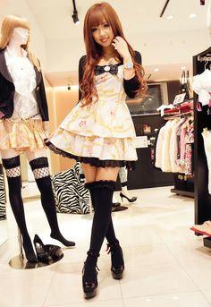 Love that dress <3