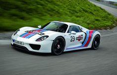 2-Porsche-918-Spyder-Martini-Racing