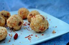 Raw, Vegan Candy Cane Coconut Macaroons