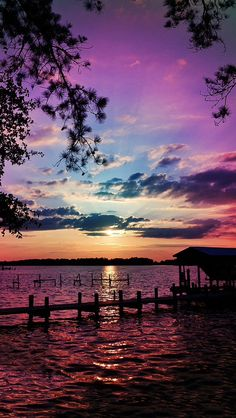 Inspiring sunset natural scenery breathtaking purples, blues over water. Beautiful Sunset, Beautiful World, Beautiful Images, Simply Beautiful, Beautiful Scenery, Amazing Sunsets, Beautiful Things, House Beautiful, Absolutely Gorgeous