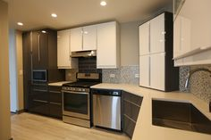 Modern black & white kitchen in Lakeview, IL Kitchen Remodeling, Kitchen Cabinets, Black And White, Modern, Home Decor, Kitchen Cupboards, Black White, Homemade Home Decor, Blanco Y Negro