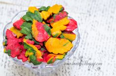 Haniela's: ~Pile of Fall Cookie Leaves~  http://www.hanielas.com/2011/10/pile-of-fall-cookie-leaves.html#