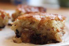 Den her banankage er bagt efter den klassiske Karoline opskrift. Jeg har dog i stedet for at bage den i en rugbrødsform/kageform bagt den i ...