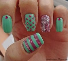 Pink & mint green glitter nails