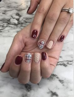 The Best Fall Nail Art of 2019 - Chic Nail Styles - - The Best Fall Nail Art of 2019 – Chic Nail Styles Nail Love Die beste Herbstnagelkunst von 2019 – schicke Nagelstile Holiday Acrylic Nails, Holiday Nail Art, Winter Nail Art, Plaid Nails, Sweater Nails, Plaid Nail Art, Christmas Nail Art Designs, Winter Nail Designs, Best Nail Art Designs