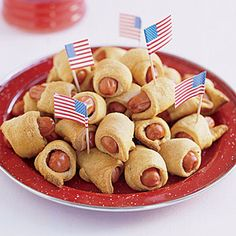 Fourth of July Food of July recipes: Patrick Henry Pigs in a Blanket Pigs In A Blanket, Fourth Of July Food, 4th Of July Party, Fourth Of July Recipes, 4th Of July Ideas, Patriotic Party, Easy Appetizer Recipes, Yummy Appetizers, July 4th Appetizers