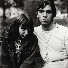 Couple dans le Washington Park, 1965. Diane Arbus