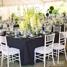 beautiful black table clothes against white chairs w/striped details throughout Black Tablecloth Wedding, Wedding Chairs, Black And White Chair, Black White Stripes, White Chairs, Mantel Azul, Wicker Dining Chairs, Arm Chairs, Sofa Chair