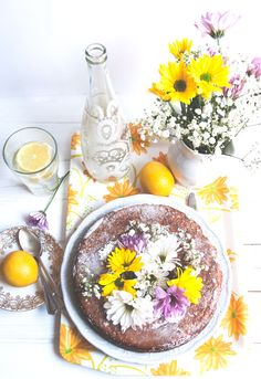 Lemon Poppy Seed Cake | Cerises & Friandises Individual Cakes, Cookie Pie, Whimsical Wedding, Breakfast Time, Food Styling, Tarts, Sweet Recipes, Tea Time, Pies