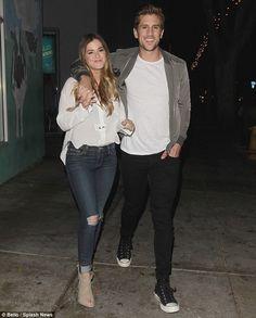 JoJo Fletcher and fiancé Jordan Rodgers enjoy a romantic dinner date