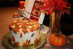 I love fall. I think I should have this for one of my birthdays, in the fall! Convenient!