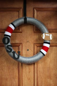 Ohio State Football Buckeye Wreath!! This will be easy to make, and inexpensive!