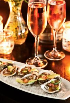 Oysters with Avocado & Rose Champagne Dressing. Accord met vin, pairing food and wine.