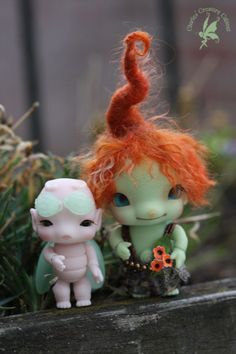 Charles Creature Cabinet DOLL 【期間&数量限定】】Nana Matcha (Green and Glow-in-the-Dark) ~ Woodling Faerie 6cm ~ Ginger Root Gnome | 総合ドール専門通販サイト - DOLKSTATION(ドルクステーション)
