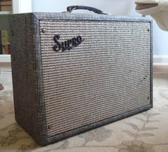 1965 SUPRO TREMO-VERB 6422TR valco-made ELECTRIC GUITAR AMPLIFIER AMP