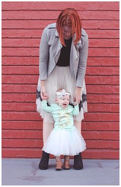 How cute is this mommy and me outfit? I love the tulle skirts and baby cowboy boots from @myrackroomshoes! Such great baby outfit inspiration.....plus it will be perfect in the spring with a light tee!