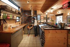 Home Decorators Laminate Flooring Diy Interior, Interior Exterior, Interior Design Magazine, Shipping Container Homes, Tiny Spaces, Contemporary Interior Design, Kitchen Design, House Design, Furniture