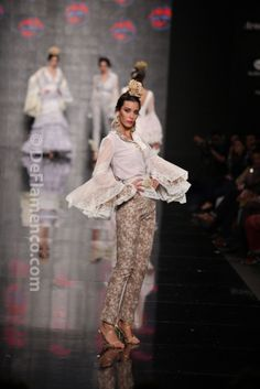 Fotografías Moda Flamenca - Simof 2014 - Loli Vera 'Besos flamencos' Simof 2014 - Foto 07