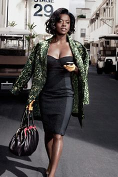 Retro Fashion with Timeless Glamour Viola Davis Models Fashion Trends - Marilyn Monroe Style - Look Fashion, Retro Fashion, Fashion Beauty, Fashion Glamour, Fashion Shoot, Zendaya Fashion, Miami Fashion, Black Women Fashion, Fashion Outfits