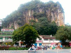 Yangshuo= Giant rock mountains EVERYWHERE