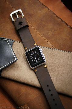 Handmade Vintage Leather Strap Dark Brown by BlackForestAtelier