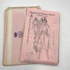 Vintage Duchess of Windsor 26 by Spadea Ladies Full Dress Sz 12 Sewing Pattern #DuchessofWindsor