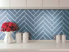 This season you'll find #herringbone pattern everywhere! If you love this lovely design, peek the new #Soho #ceramic #tile collection at Cersaie.