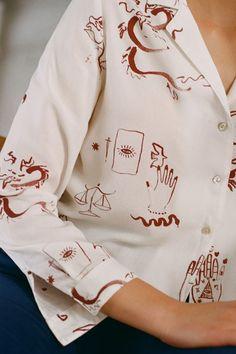 Paloma Wool Tarot Blouse on Garmentory Look Fashion, Street Fashion, Fashion Design, New Shape, S Models, Collar Shirts, Aesthetic Clothes, Workout Shirts, Short