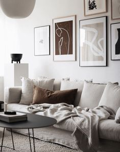 Swedish living room in soothing neutrals with linen sofa and gallery wall. - home/decor - - Swedish living room in soothing neutrals with linen sofa and gallery wall. Living Room Sofa, Living Room Decor, Linen Sofa, Swedish House, Decor Room, Home Decor, Wall Decor, Scandinavian Home, Living Room Inspiration