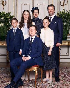 Mary Of Denmark, Denmark Royal Family, Danish Royal Family, Princesa Mary, Prince Héritier, Prince And Princess, Prince Christian Of Denmark, Danish Prince, Royal Monarchy
