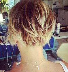 Short Highlighted Hair Color Back