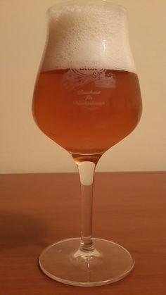 Berea Sara - Viitorul suna bine! Wine Glass, Alcoholic Drinks, Cold, Tableware, Women, Dinnerware, Tablewares, Liquor Drinks, Alcoholic Beverages