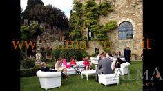 ALMA PROJECT @ Vincigliata - Chesterfield set - garden - daylight