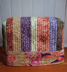 i love this sewing machine cover.