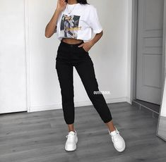 118 trendy summer outfits copy right now page 4 Teen Fashion Outfits, Edgy Outfits, Retro Outfits, Simple Outfits, Fashion Mode, Kpop Outfits, Fashion Clothes, Fashion Ideas, Girl Fashion