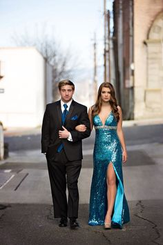 Alicia's Bridal and The Formal House Tuxedo's along with Toni Lynn Photography! Mori Lee Prom Dress Alicia's Bridal and The Formal House Tuxedo's along with Toni Lynn Photography! Prom Pictures Couples, Homecoming Pictures, Prom Couples, Teen Couples, Graduation Pictures, Mori Lee Prom Dresses, Prom Dresses Blue, Homecoming Dresses, Grad Dresses