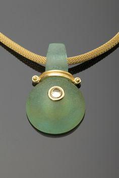 linda macneil Cutting Edge: RAM Explores Contemporary Glass Jewelry | Racine Art Museum