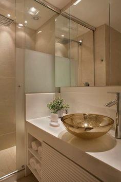banheiros pequenos com pia de cobre por studio eloye freitas