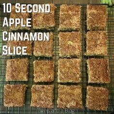 10 Second Apple Cinnamon Slice Healthy Cake, Healthy Baking, Healthy Slices, Healthy Treats, Apple Recipes, Sweet Recipes, Radish Recipes, Cantaloupe Recipes, Cinnamon Recipes