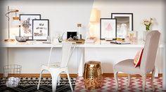 Veja na Revista Westwing como a decoração de home office pode ser linda e confortável. Em um ambiente, há duas ideias para você escolher sua favorita!