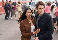 13 On-Screen Couples Who Have ZERO Chemistry - James Franco & Freida Pinto in Rise of the Planet of the Apes Dawn Of The Planet, Planet Of The Apes, Movie Couples, Cute Couples, Freida Pinto, James Franco, James 3, Classic Films, New Movies