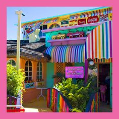 Bubble Room - Captiva, FL-one of then neatest Restaurants ever! Captiva Florida, Florida Beaches, Bubble Room Captiva, Velvet Cake, Red Velvet, Vacation Ideas, Vacation Spots, Fun Restaurants, Pine Island