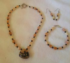 Check out this item in my Etsy shop https://www.etsy.com/listing/479380377/custom-made-matching-jewelry