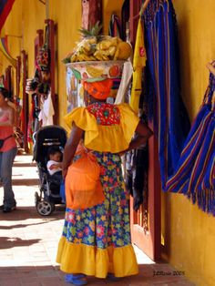 Cartagena de Indias has been an important port on the Caribbean since it was founded in Known for its balmy climate, peculiar colonial architecture and its history of pirates and plunder. Panama Cruise, Pirate History, Colombian Culture, Unique Jobs, Beautiful People, Beautiful Pictures, New Earth, South America Travel, How To Speak Spanish