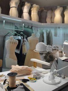 Student Fashion, School Fashion, Fashion Studio, Fashion Art, Fashion Design, House Of Dior, Jacquemus, Couture Sewing, Sewing Studio